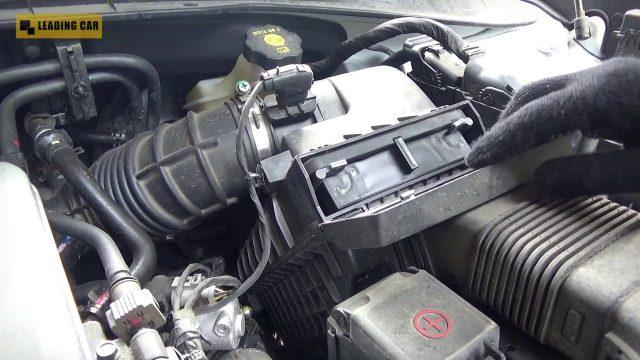 Замена воздушного фильтра Kia Sorento Prime