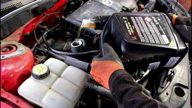 Замена масла Mazda 3