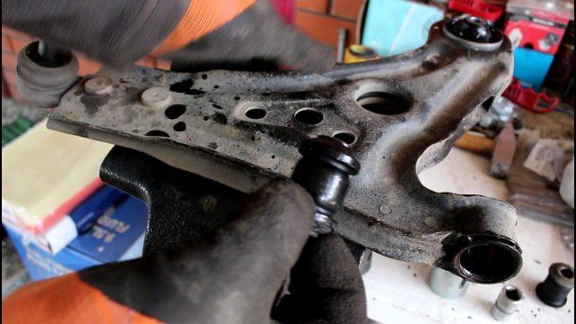 Замена сайлентблоков переднего рычага Chevrolet Aveo