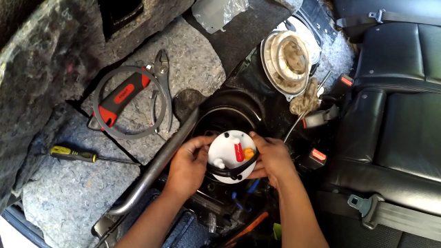 Замена топливного фильтра Acura RDX