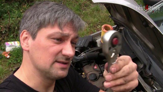Замена пыльников на рулевой рейке Citroen Saxo