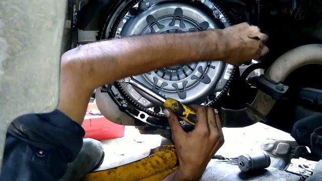 Замена диска сцепления Ford EcoSport