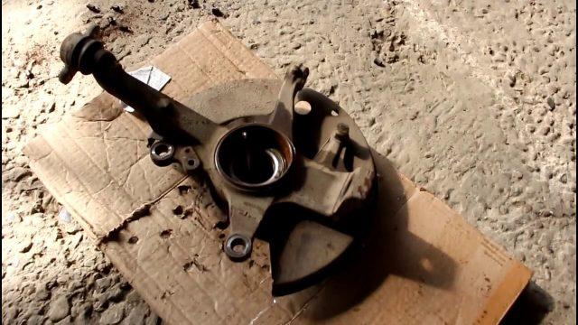 Замена подшипника передней ступицы Ford Ranger