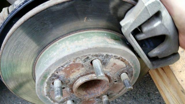 Замена тормозных колодок Geely Emgrand X7