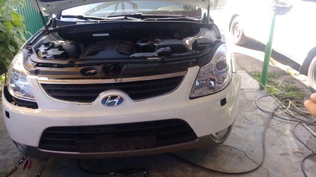 Снятие переднего бампера Hyundai ix55