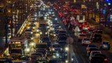 Московские власти рекомендовали водителям пересесть на метро из-за пробок