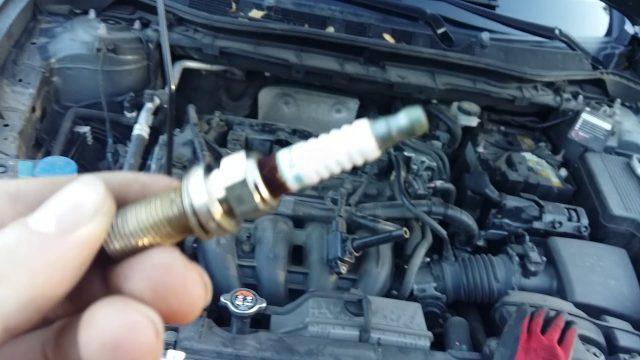 Замена свечей зажигания Mazda CX-5