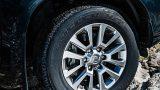 Новый Toyota Land Cruiser Prado перестанет быть внедорожником и получит вариатор
