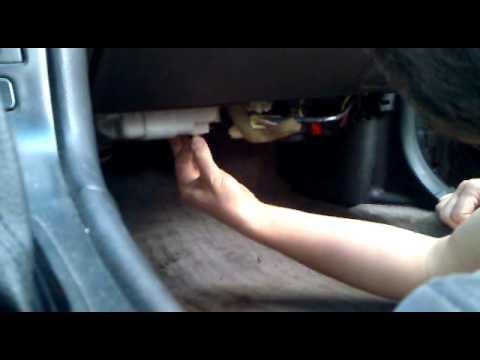 Замена салонного фильтр Mazda Millenia