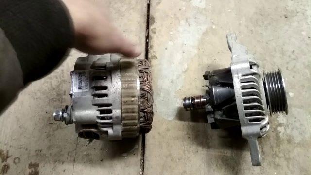Снятие генератора Mitsubishi Colt