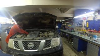 Замена топливного фильтра Nissan Navara