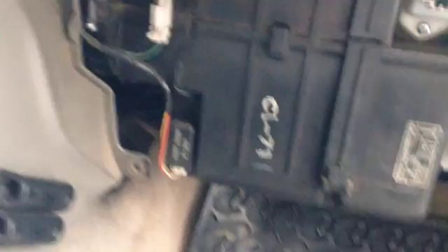 Замена салонного фильтра Nissan Patrol